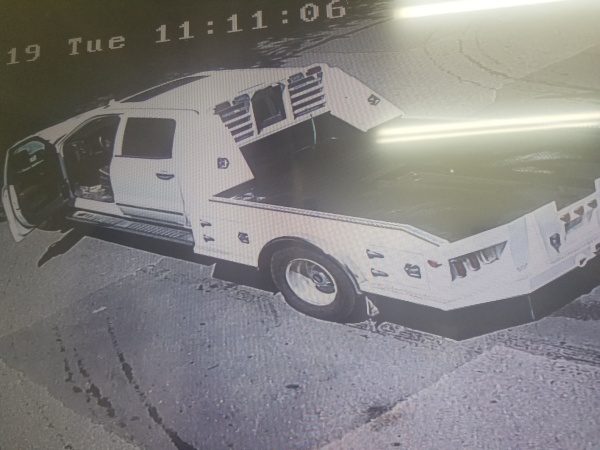 Franklin Police seeking information on driver whose truck